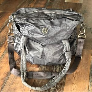 Lululemon Gray/Silver Bag